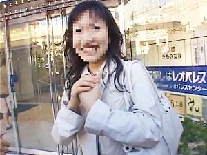 「も、もうダメ…ダメェェェ☆」高崎でキャッチした普通の奥さんを複数の男優棒で突きまくる☆