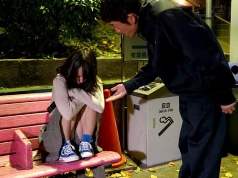 公園で拾ったイエデ10代小娘を肉奴隷に仕立て上げるまで・・・