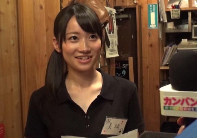 焼肉店の看板小娘をガチ口説き☆給料1ヶ月分の謝礼に目がくらんで…