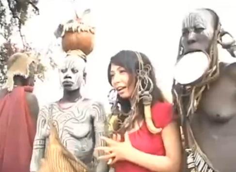 """『アフリカ未開の地の原住民とSEXしてこい☆』女優""""大沢佑香""""に与えられた過酷なミッションがこちらwww"""