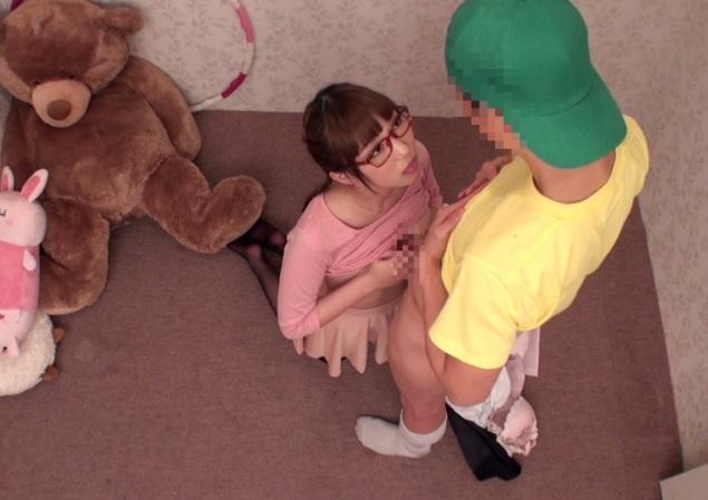 『お母ちゃんには絶対秘密だよ☆』少年ちんこを味わってみたくて禁断の一線を越えるショタコン保母さん