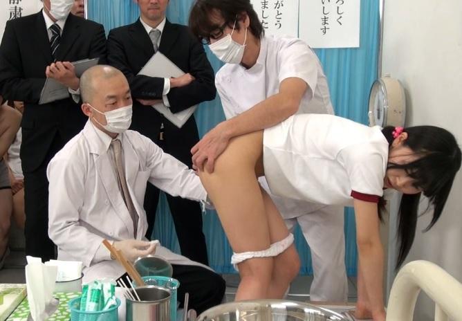 (少女ショタ)異性の前で性器の発達具合を検査☆とある中●校で行われた男女混合発育診断がマジキチwwww
