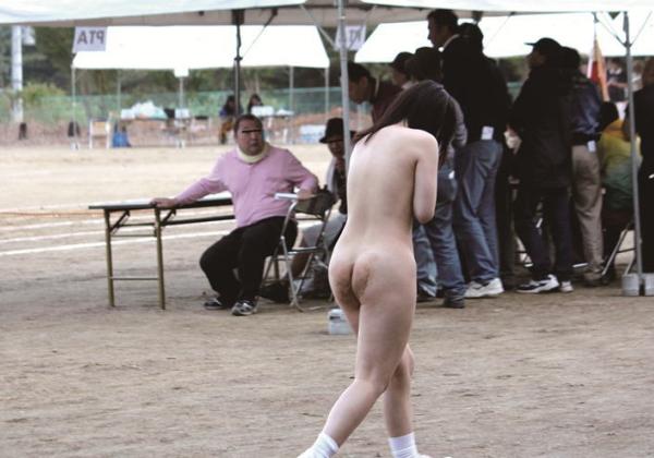 (裸注意)運動会で裸にされた女子生徒達が収録されるwwwwwwwwwwwwwwwwwwww(写真あり)