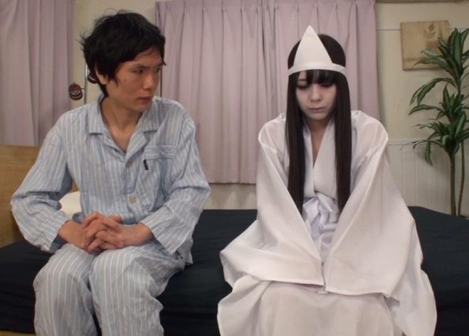 (この世への未練)純粋娘のまま死んだカワイい10代小娘の幽霊が出た☆☆成仏させるため純粋娘喪失に協力するハメに…