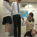【JK逆レイプ】『ねえ!勃起してみて!』今年から共学になった女子校でクラスの女子が俺のチンポを見ようと必至なんだが…