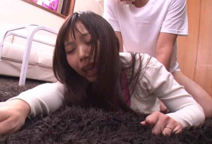 『いやああ☆イキたくない☆』ダンナが留守中の家を襲撃強姦☆逃げる主婦を抑え込み寝BACKで鬼ぴすとん☆