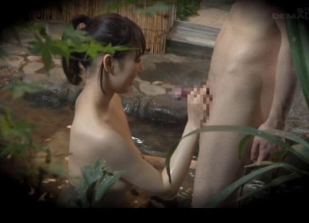 (近親ソウカンドキュメント)弟のことが好きすぎてセックスしたい☆姉の依頼で一家りょこう中に混浴をセッティングした結果…