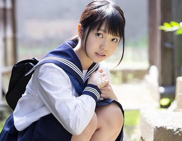 (戸田真琴)つい最近まで純粋娘だった19才美10代小娘が3作目でついにナカ出し解禁☆