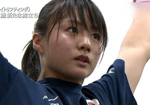 【朗報】キター!!重量挙げの八木かなえ(24)まさかのポロリハプニングwwww(画像あり)