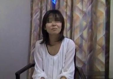 (個人収録)借カネ返済のために仕方なく…のはずが初めて体験するダンナ以外のちんこでイキまくるイソジ人妻wwwwww