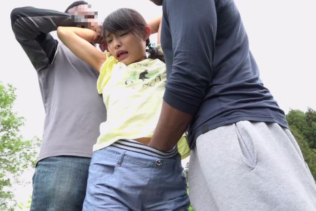 帰宅中の●学生をアフリカ人が拉致強姦☆小さな女性器にざーめんが無くなるまで流し込んだキチク映像☆