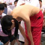男子の目の前で女性器をいじられ分泌物採取まで…田舎の中●校で行われた発育身体測定が酷い