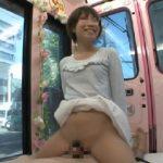 【マジックミラー号】有名大学の高学歴女子大生10名が初めての素股体験!濡れすぎてヌルっと挿入事故もwwww
