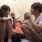 【素人ナンパ】女友達相手に勃起しなければ100万円!に挑戦した男、即フル勃起www罰ゲームの友達同士のセックスへ!