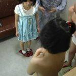 思春期の娘を持つ父親がお互いの子●を交換!貸切温泉で行われた近親サークルがヤバイ