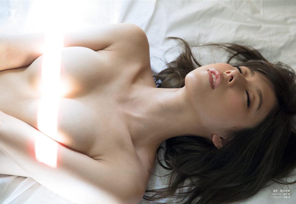 【※速報※】有村架純の本当の姉・有村藍里さん、ヌード写真を大公開!!