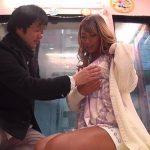 【マジックミラー便】『初めまして、私とセックスしてくれないw?』渋谷ギャルが謝礼をかけて初めての童貞逆ナンパに挑戦!