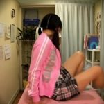 【盗撮】子役タレントの女子小●生が悪徳マッサージ店でクリトリスをクリクリされてるとんでもない動画が流出!