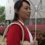 【安野由美】可愛いすぎる奇跡の50歳熟女が仕事を休んで息子より年下の童貞君の筆おろし!