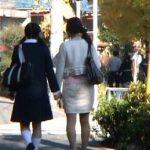 【親子丼】中●校の入学式から手をつないで帰る仲良し母娘を狙った中出しレイプ事件映像