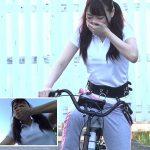 マンコとサドルが完全固定!美女3人が潮吹きながらHYPER電マサドル自転車でアクメ耐久レース!