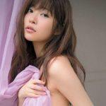 【朗報】新女王・松井珠理奈を潰すため…指原莉乃さん(25歳)、パイパン全裸ヌードに!