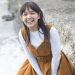【初撮り】『島に男の子がいないから!』天真爛漫でHがしてみたい沖縄の褐色美少女(19歳)がAVデビュー!