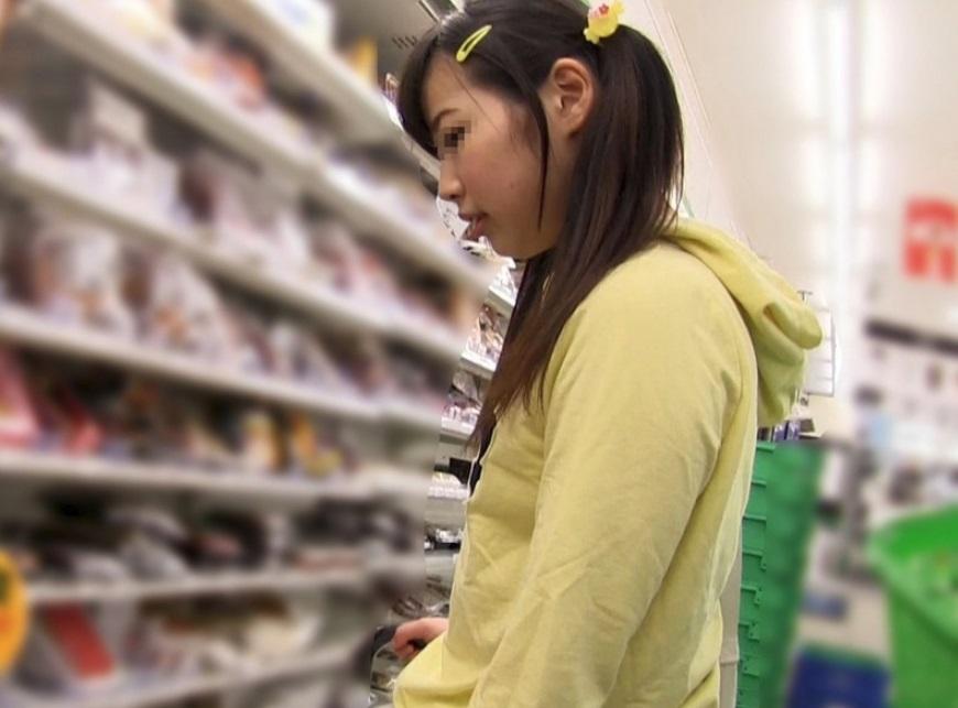 【集団レイプ】『うちの子ブスだから…』ジュニアアイドルで売れない小●生の娘を10万円で売った鬼畜母