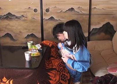 【本物近親相姦】部活帰りの実の娘(JC)を性欲処理に使ってる禁断のホームビデオが流出