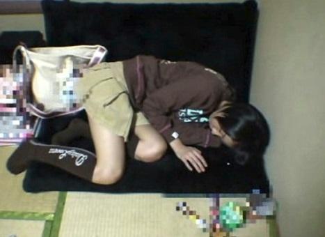 【個人撮影】この子まだ子供じゃ…?『眠剤C学生』と題された睡眠姦動画がネットに流出してるんだが