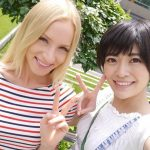 【海外レズナンパ】日本のAV女優がロシアの現地のノンケ金髪美少女をナンパして貝合わせ!レズの世界に引きずり込むww