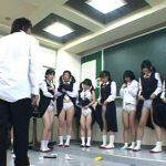 『全員マンコ出せコラァァ!』生徒に馬鹿にされた男性教師がブチ切れ!教室に立てこもって教え子JCを片っ端からレイプ!