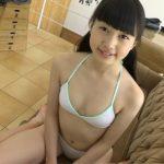 『天真爛漫 愛乃きらら(13)』ジュニアアイドルのワレメを執拗に撮影して販売中止になった幻の動画がこちらw