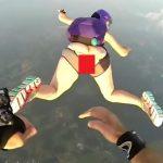 【動画あり】スカイダイビングした女さん、マンコが丸見えになってしまうwwwww